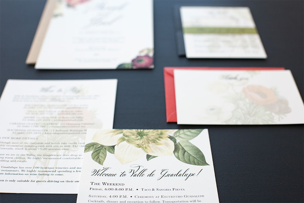 Invitations: Romantic Floral